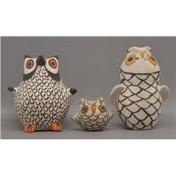 ACOMA INDIAN POTTERY OWLS