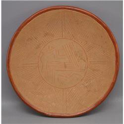 SAN JUAN POTTERY PLATE ( TOMASITA MONTOYA)