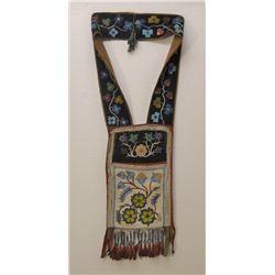 OJIBWA INDIAN CLOTH BANDOLIER BAG,