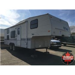 1994 Terry 25.5ft Fifth Wheel Holiday Trailer