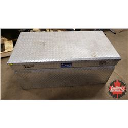 """UWS Alum Check Plate Chest Box with Bevelled Insulated Lid (21""""H x 47""""W x 24""""D)"""