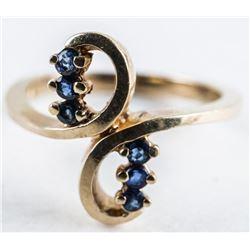 Estate 10kt Gold Blue Sapphire Ring. Size 5