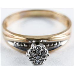 Estate 10kt Gold Diamond Ring. Size 8 1/4
