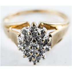 Estate 10kt Gold Diamond Cluster RIng. Size  7.5