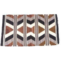 Navajo Old Crystal Pattern Rug c. 1900-