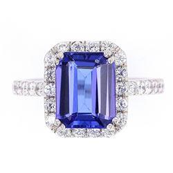 Classic Tanzanite & VS2 Diamond Platinum Ring