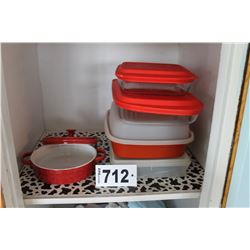 KITCHEN LINEN, PLASTICWARE, EPICURE CASSEROLE, & WASTEBASKET (IN CLOSET)