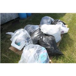APPROX. 10 BAGS OF CLOTHING, LINEN, ETC
