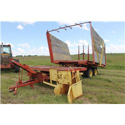NEW HOLLAND 1034 BALE WAGON