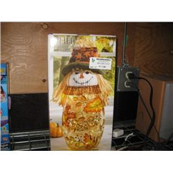 HERITAGE HOME HARVEST LED SCARECROW