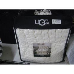 UGG HARPER KNITTED THROW