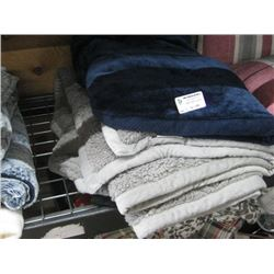 SET OF 3 THROW BLANKETS