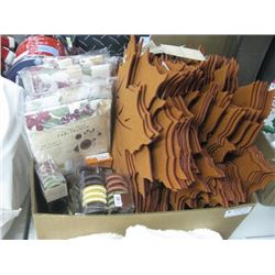 LARGE BOX OF ASSORTED THANKSGIVING PLACEMATS,NAPKIN RING,TABLECLOTHS