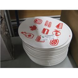 STACK OF PLASTIC CANADIAN FLAG PLATES