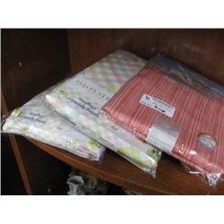 SET OF 3 ASSORTED TABLE CLOTHS