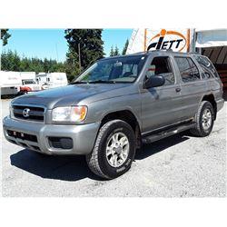 A12 --  2003 NISSAN PATHFINDER LE , Grey , 254628  KM's