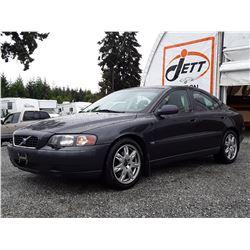 "A1 --  2002 VOLVO S60 2.4T , Grey , 258095  KM's ""NO RESERVE"""