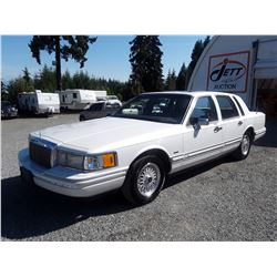 """A12D --  1993 LINCOLN TOWN CAR CARTIER , White , 278866  KM's """"NO RESERVE"""""""