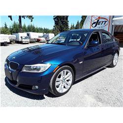 C6B --  2011 BMW 323 I  , Blue , 117695  KM's