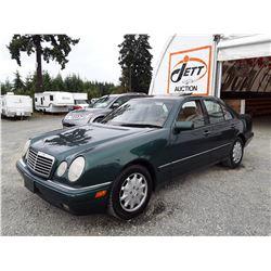 A12A --  1998 MERCEDES E320 , Green , 244324  KM's