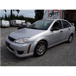 I2 --  2007 FORD FOCUS ZX4 , Silver , 233472  KM's