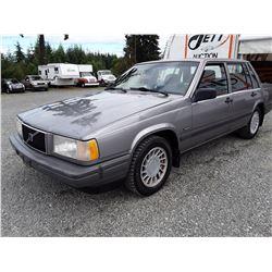 A3 --  1990 VOLVO 740  , Blue , 214709  KM's