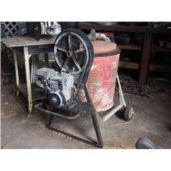 Cement Mixer w/ 3.5HP Briggs Stratton Motor
