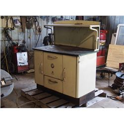 McClary Royal Charm Wooden Stove