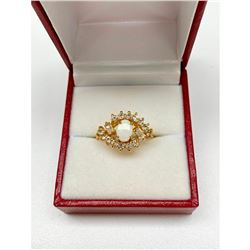 Ladies .18ct Oval Cut White Opal set in 18K Gold Plated Ring