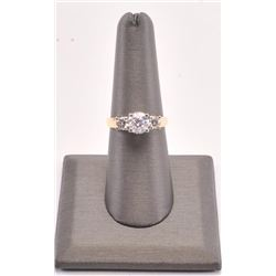 20RPS-5 LADIES 2 TONE DIAMOND RING