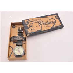 20RPS-22 MICKEY MOUSE WRIST WATCH