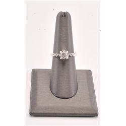 20RPS-8 WHITE GOLD DIAMOND RING