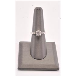 20RPS-8 WHITE GOLD DIAMOND RING