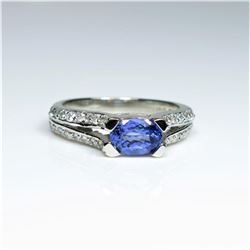 20CAI-42 TANZANITE & DIAMOND RING