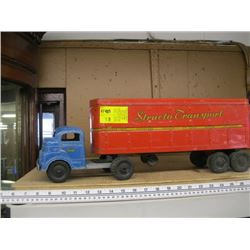 STRUCTO TRANSPORT TRUCK - BLUE CAB/RED TRAILER
