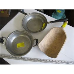WOODEN SCOOP, FRYPAN WITH LID
