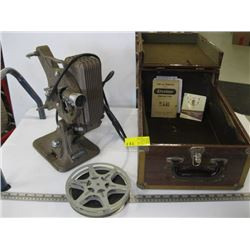 ANTIQUE KEYSTONE MODEL A82 16MM PROJECTOR WITH MOVIE IN CASE