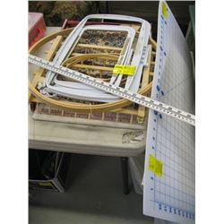 A LOT OF ASSORTED SEWING & CRAFT SUPPLIES