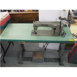 YAKUMO MODEL TDU-N62 COMMERCIAL SEWING MACHINE