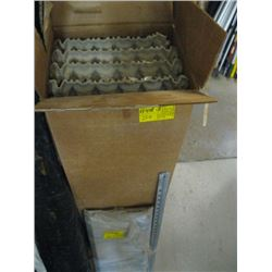 BOX OF 4' FLUORESCENT BULBS (OLD STYLE), 2 DOOR STEP PANELS
