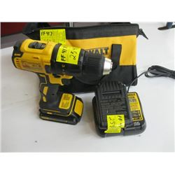 AS NEW DEWALT 20 VOLT BRUSHLESS DRILL WITH 2 BATTERIES, CHARGER & BAG