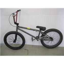 GREY FITBIKE BMX STYLE BIKE