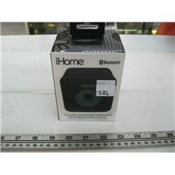 COLOR CHANGING IHOME BLUETOOTH SPEAKER