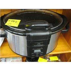 CROCKPOT SLOW COOKER (AS NEW)