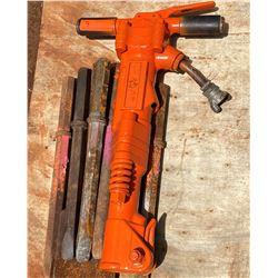 APT 65-lb Pneumatic Hammer with 5 Bits