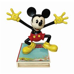 Mickey Mouse Master Replicas Figure.