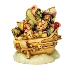 Harmony Kingdom Off to Neverland Peter Pan Trinket Box.