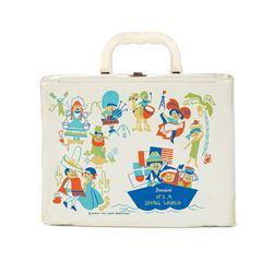 It's Small World Plastic Lunchbox.