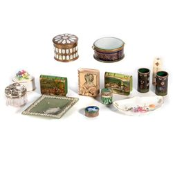 Porcelain and glass table boxes