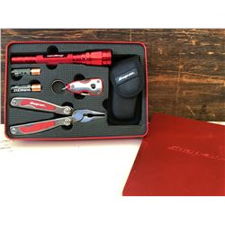 SNAP-ON GIFT SET WITH FLASHLIGHT & PLIERS & KEY CHAIN - NEW